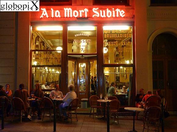 FOTO BRUXELLES: BIRRERIA A BRUXELLES - Globopix Parc Du Cinquantenaire