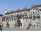 Photo: Duomo di Modena and Piazza Grande