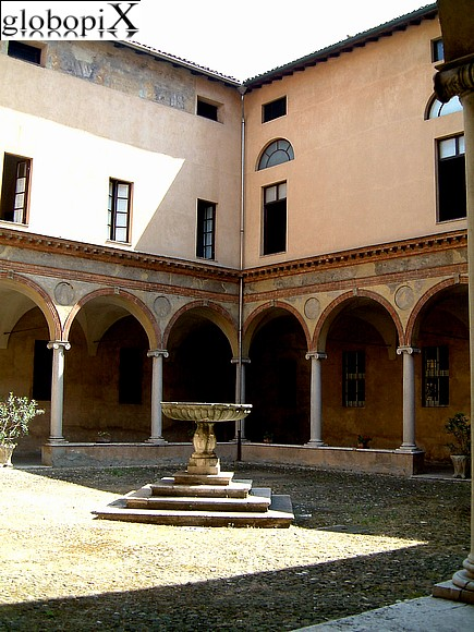 Parma - S. Giovanni's first cloister