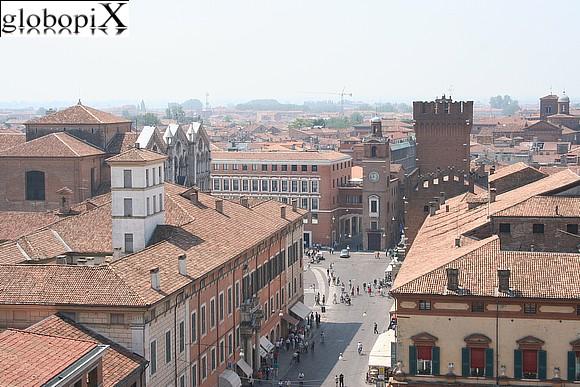 vista dal Castello Estense