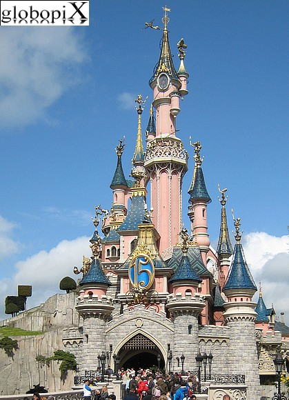 photo disneyland paris castello della bella addormentata globopix. Black Bedroom Furniture Sets. Home Design Ideas