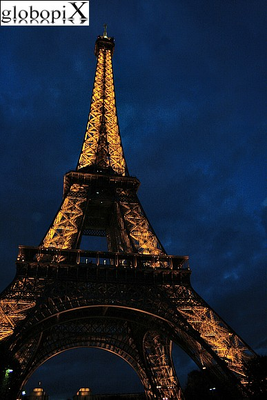 Paris - Tour Eiffel di notte