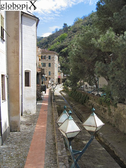 Dolceacqua - Brook canalized in stone