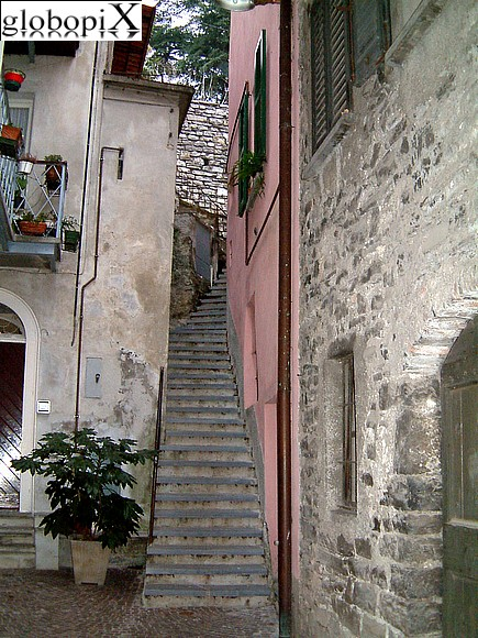 Lago di Como - Ancient Village