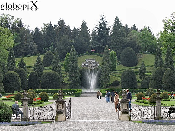 Foto varese giardini estensi globopix - Giardini foto immagini ...