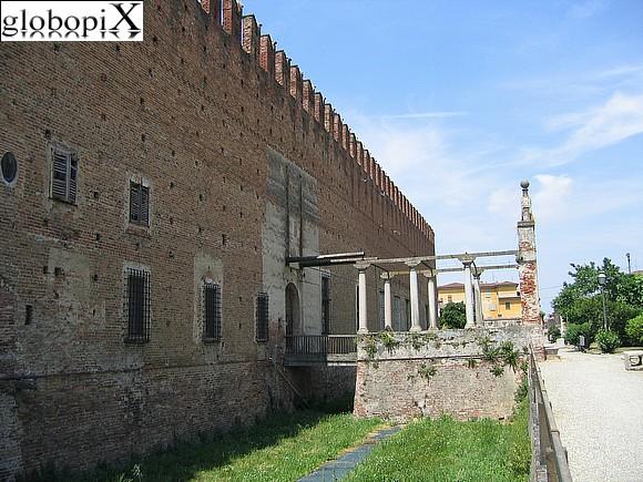 Pavia - Il Castello di Belgioioso
