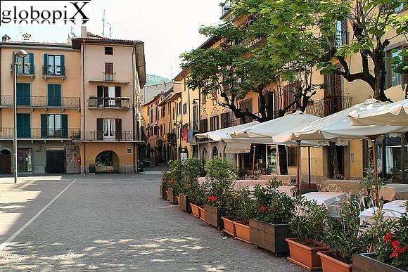 Sarnico Italy  city photo : PHOTO LAGO DI ISEO: SARNICOS HISTORICAL CENTRE Globopix