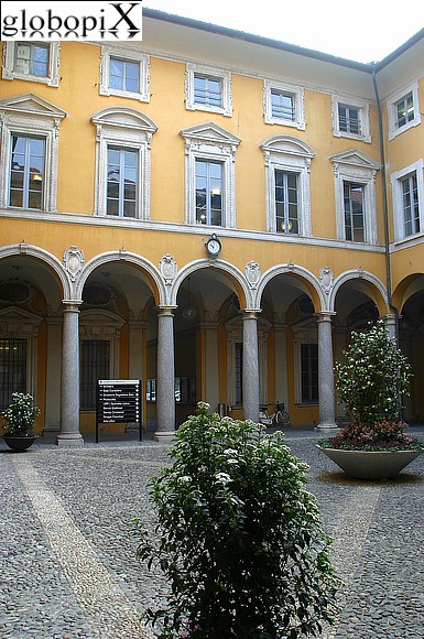 Lago di Como - The Town Hall