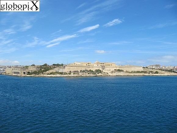 Tour di Malta - Fort Manoel