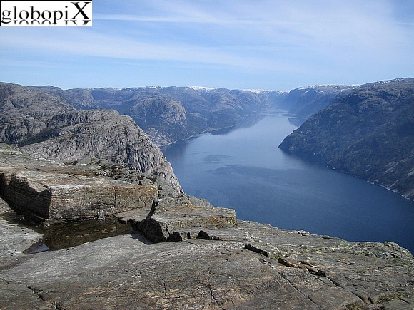 Norway Tour - Preikestolen