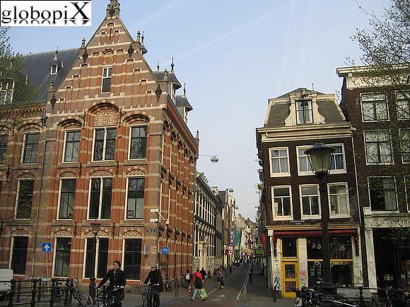 Foto amsterdam palazzi tipici globopix for Hotel amsterdam stazione