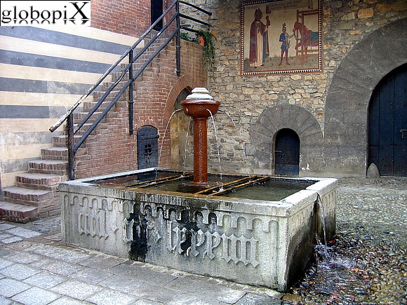 Turin - Medieval borough - Fontana Oulx and Salbertrand