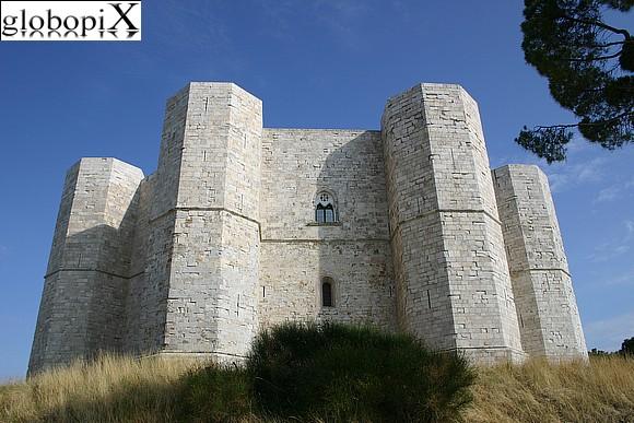 Castel del Monte a Bari