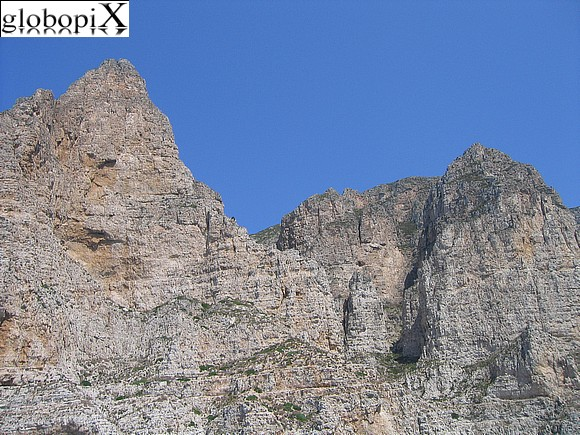 Isole Egadi - Mountains of Favignana
