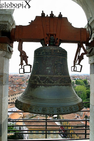 Pisa - Bell cell of the leaning tower