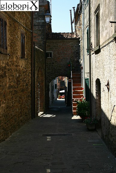 Maremma - Medieval borough of Vetulonia