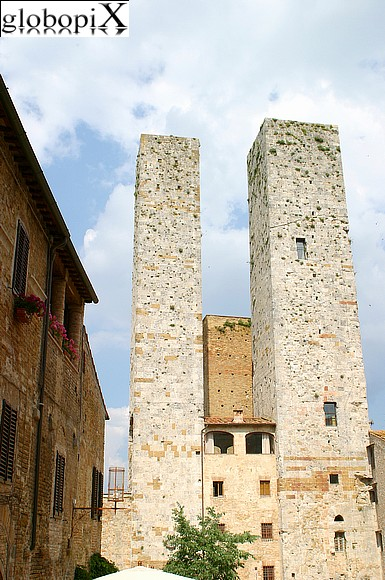 San Gimignano - Narrow streets of the historical centre.