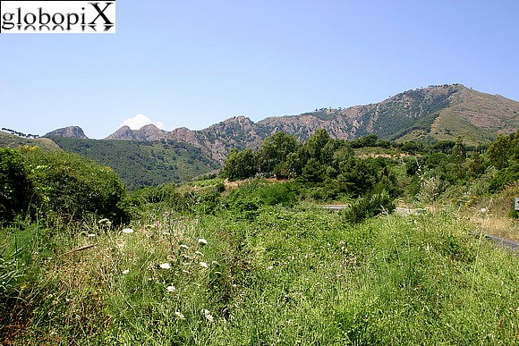 Isola d'Elba - Panorama of the mountains on the interior