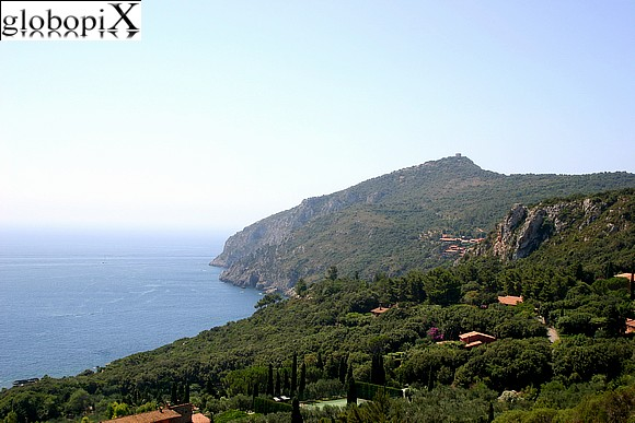 Argentario - Scenic road south of Porto Ercole