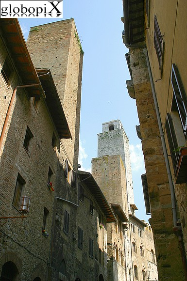 San Gimignano - The narrow streets of the historical centre.