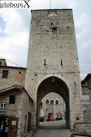 Foto gubbio porta romana 2 globopix - Corso di porta romana 16 milano ...
