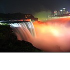 Photo: Niagara Falls at night