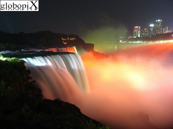 Niagara Falls - Niagara Falls at night