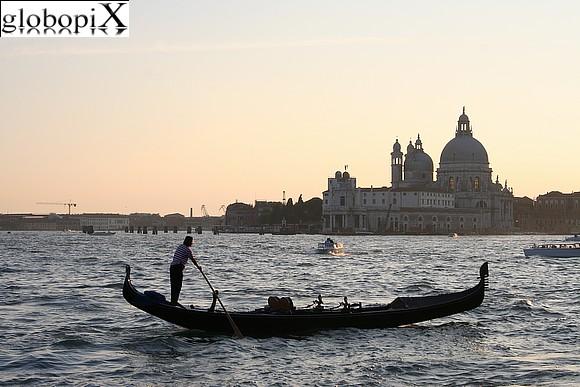 clicca sulla foto per aprire la fotogallery di Venezia